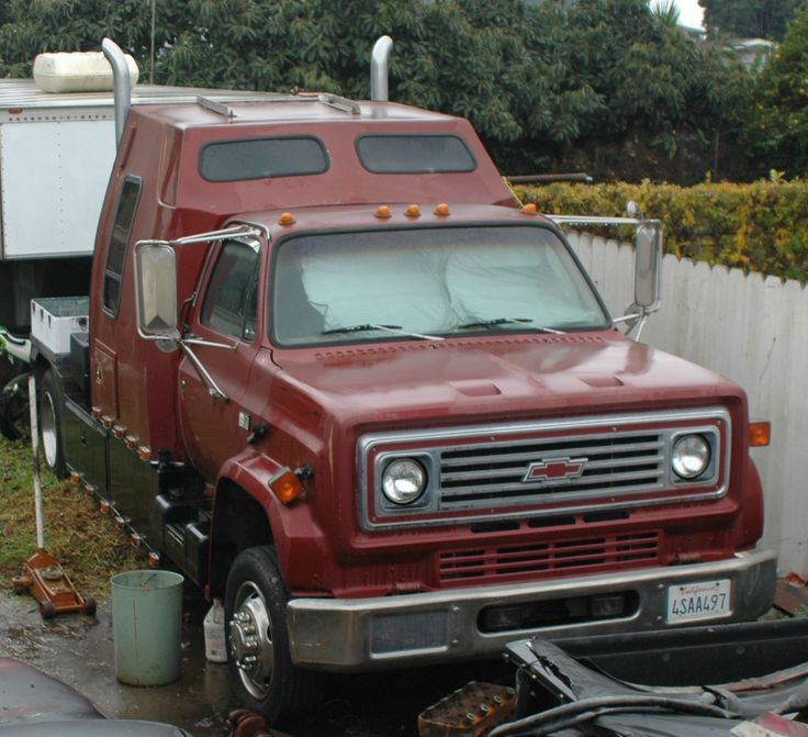 1988 Chevrolet Kodiak Turbo Diesel Sleeper CAB. This a more powerfull progression from the Aussie C50-C60.