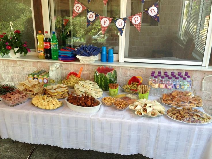 Food table for beach B*party