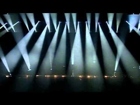 VIDEO /// Michel Jonasz à son Zénith - Live 1993 / Le voilà enfin le Concert tant attendu...Ne jamais négliger les fonds de tiroirs, on y trouve parfois des trésors insoupçonnables. Ce n'est pas l'intégralité du show, mais il y a douze titres, parmi les grands standards de Mister Swing. L'image est pas top, mais impossible de faire mieux avec le support d'origine.