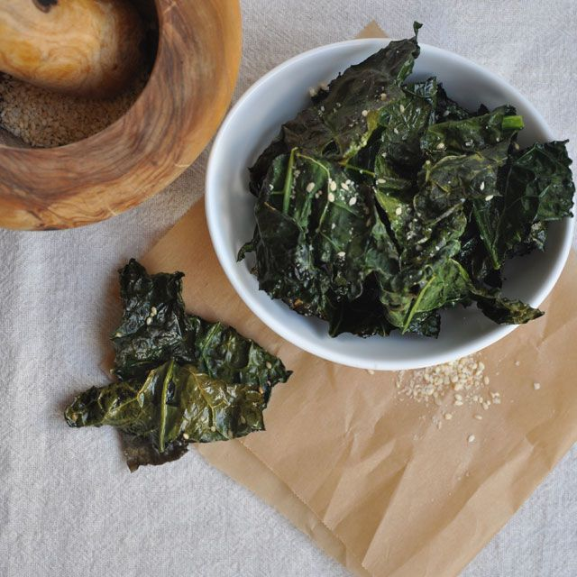 Sesame Salt Kale ChipsParties Snacks, Healthy Snacks, Kale Chips, Sesame Salts, Recipe Foodshit, Baking Sesame, Cooking, Sesame Kale, Snacks Recipe