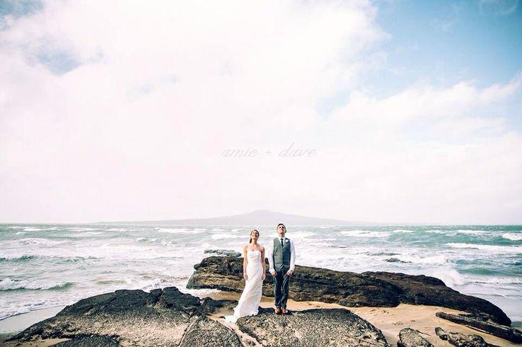 Wedding photography; beach wedding