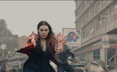 Novo vídeo dos Vingadores destacando Feiticeira Escarlate e Mercúrio