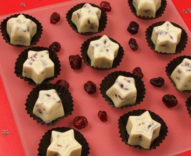 Weiße Pralinen mit Cranberrys - Schokoladige Pralinen mit Rum-Aroma