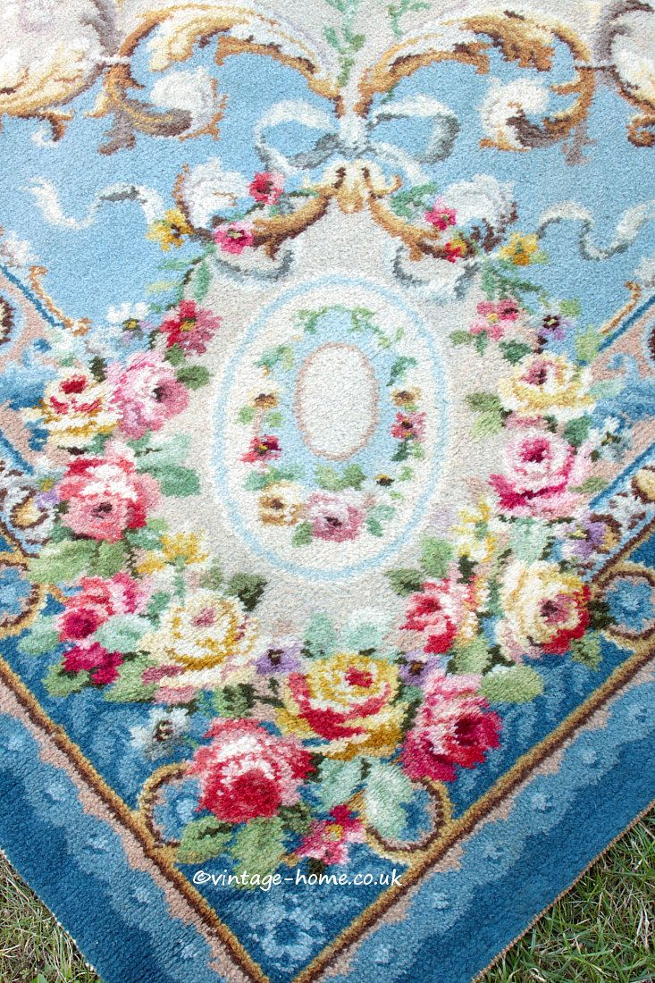 Pleasant Vintage Home Shop The Prettiest 1930S Roses Aubusson Style Home Interior And Landscaping Synyenasavecom
