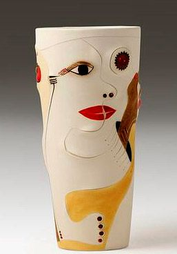 257px-368pc-Africasso--Earthernware