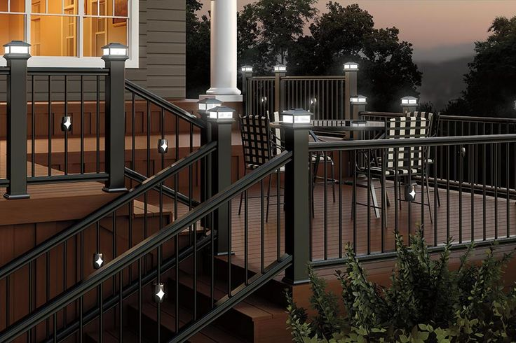 Best Black Cxt Colonial Railing Black Classic Balusters With 640 x 480