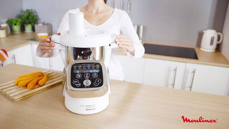Agora já pode cortar e ralar os seus ingredientes utilizando o Robot Cuisine Companion.  O acessório Cortador/Ralador permite: - Preparar alimentos diretamente para a taça; - Poupar tempo devido à sua chaminé de enchimento duplo; - Confecionar todo o tipo de receitas devido às suas 5 funções.  Caraterísticas: - 3 discos reversíveis; - Funções cortar fino, cortar grosso, ralar fino, ralar grosso e ralar queijo; - Arrumação integrada dos discos na taça.