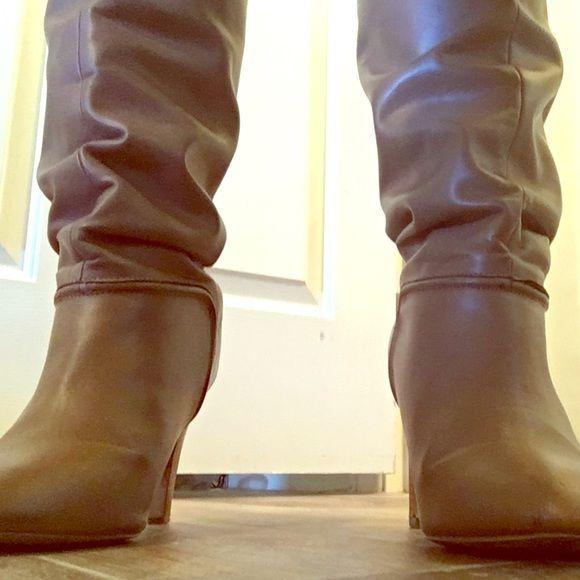 Tan boots Tan boots. Knee high. Average heel Colin Stuart Shoes Heeled Boots