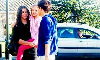 Eleanor, Daisy and Louis!!<3. El and Lou look like a happily married couple and Daisy is their daughter and I'm crying now.