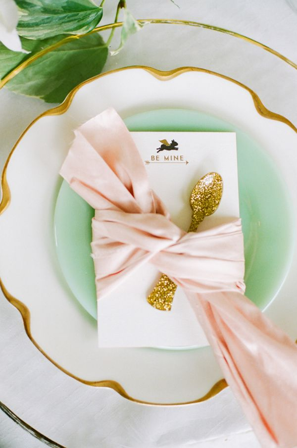 Gorgeous place setting. Perfect for a ladies dinner party. Love the jade, and gold, and GLITTER!