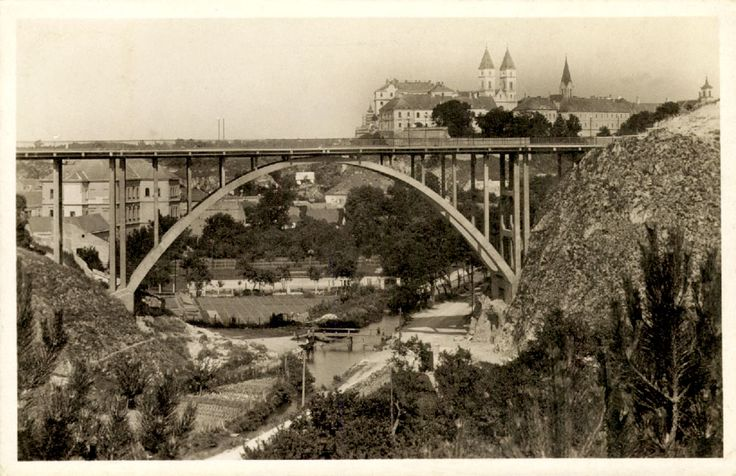 The viaduct in 1939