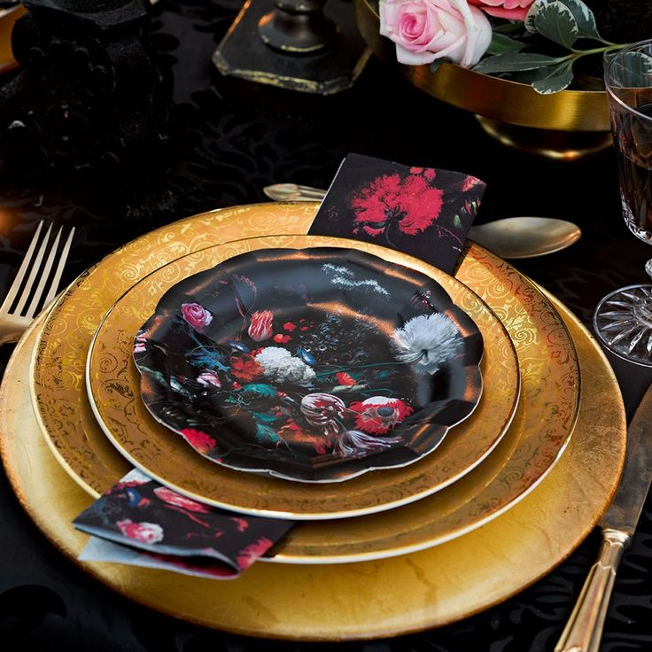 Party Porcelain Baroque Napkins   Talking Tables   Talking Tables