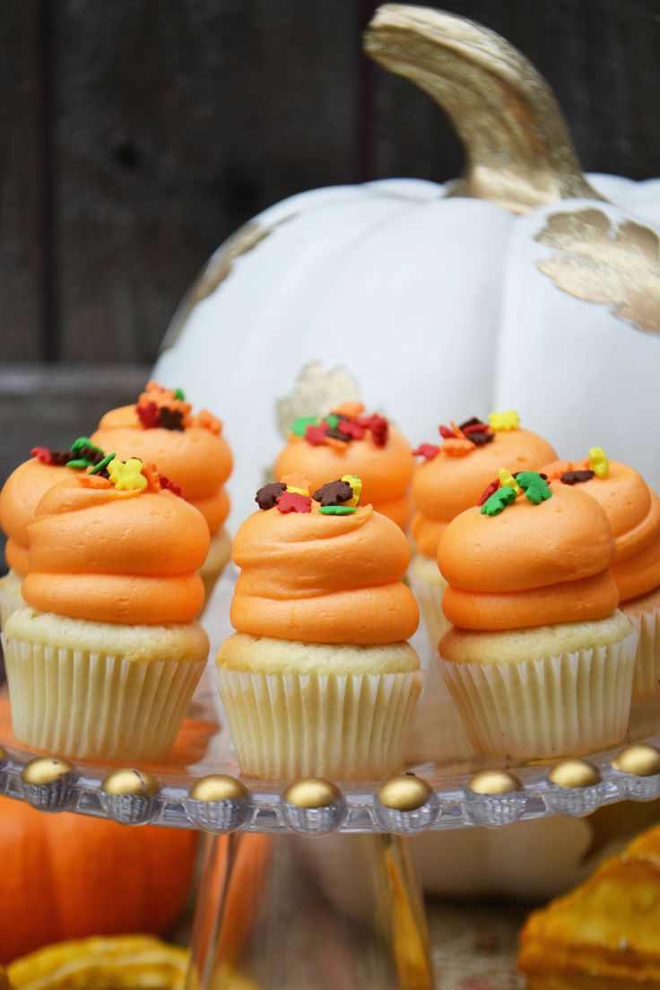 Orange Thanksgiving mini cupcakes with fall leaf sprinkles by Bake Sale Toronto