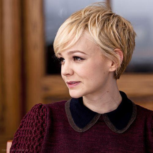 Celebrity kurzen blonden Pixie Cut für feines Haar