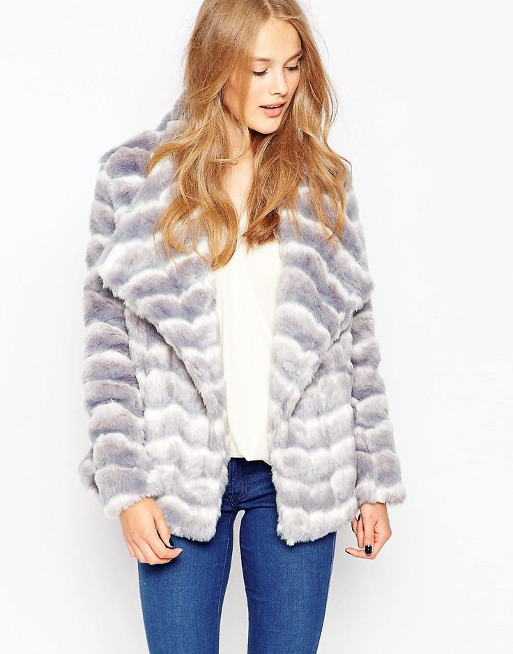 Mega seje Influence Striped Boxy Faux Fur Coat - Grey Influence Jakker & Frakker til Damer til enhver anledning