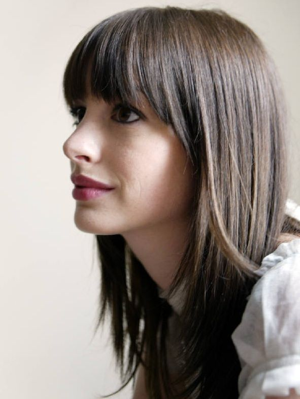 Anne Hathaway Dark Brunette, Blunt Cut with Straight Across Bangs | Yeshairstyles