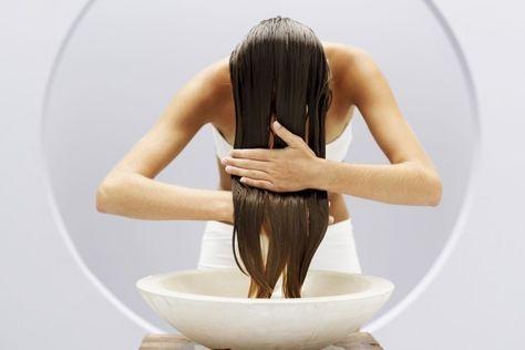 L'acqua di riso, un vero toccasana per i capelli (e non solo)