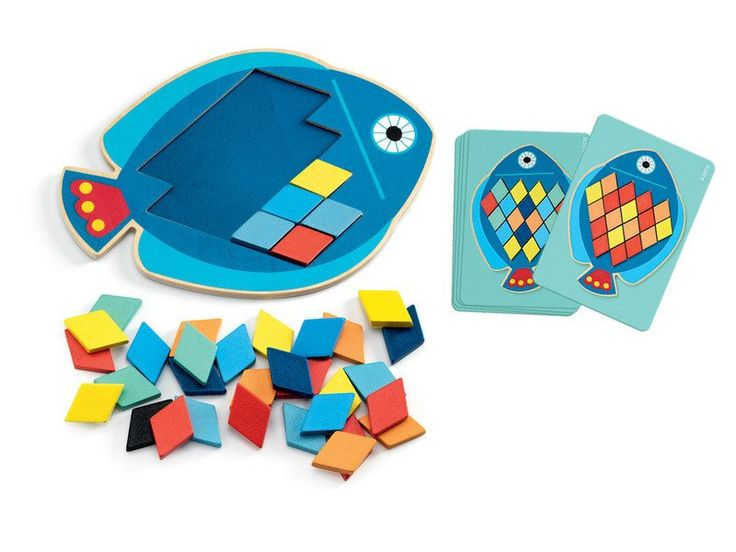 Bright wooden puzzle, make patterns, learn colours, play with shapes. Graet for playgroups or preschoolers. DJECO Mosaic Mosa Blop Fish #toys2learn #preschool #colours #earlylearning #djeco