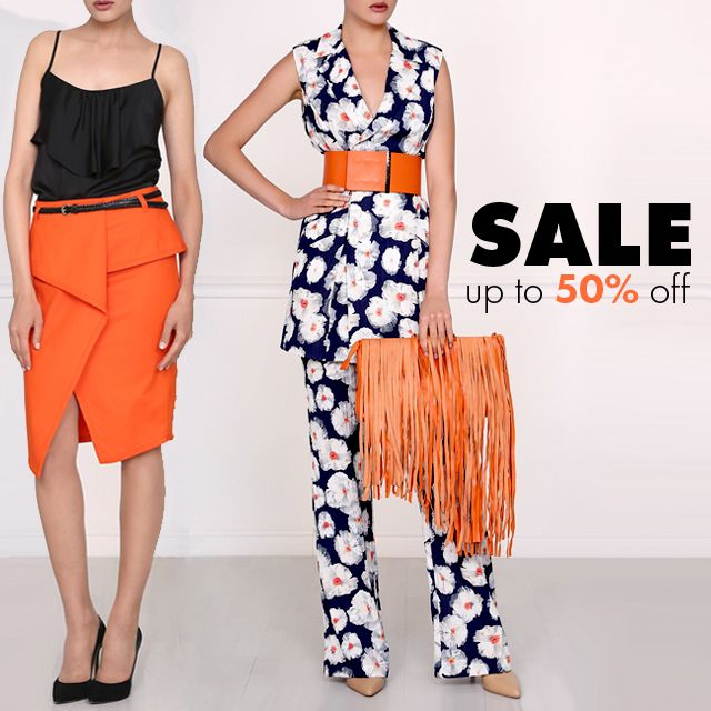 Summer Sale at Isabel Garcia Up to 50% off for all items + Free Shipping. Don't miss! #sale #summersale #50%off #clothingonsale #fashionsale