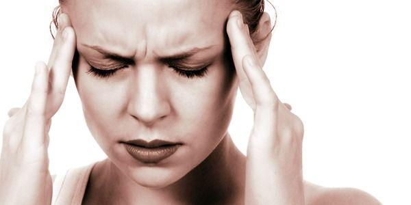 Le migliori posizioni yoga per il mal di testa | Passione Yoga