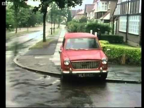 Fawlty Towers - Basil Beats Car
