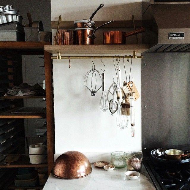 Nice small kitchen set up