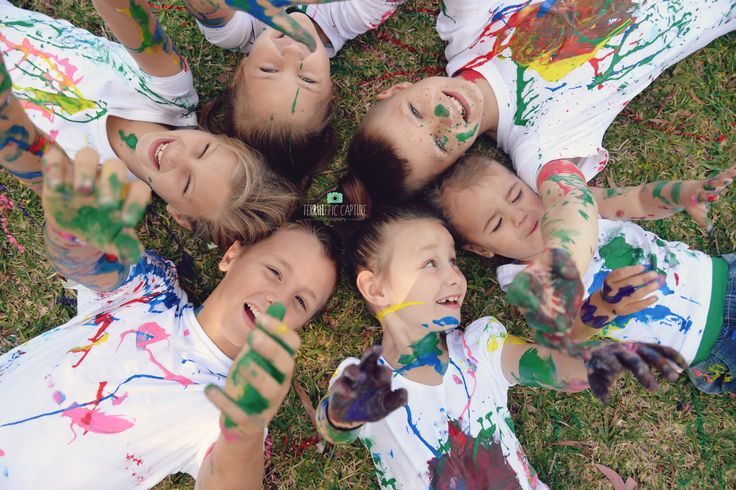 Kids playing with paint photoshoot. Family fun creative ideas. DIY paint smash.