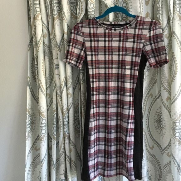 Top shop plaid dress SALE THIS WEEK ONLY Worn only 3 times. Very small but great material Topshop Dresses Mini