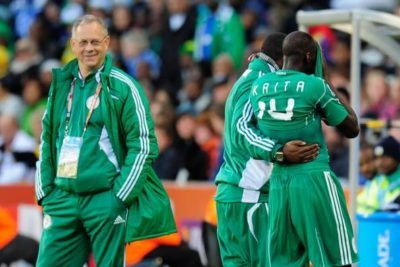 Super Eagles Are Allowed To Bring Their Wives And Girlfriends To Russia - Coach Rohr