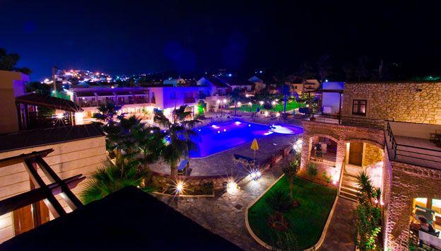 Lejligheder på Omega Platanias i Grækenland. Se mere på www.bravotours.dk @Bravo Tours #BravoTours #Travel