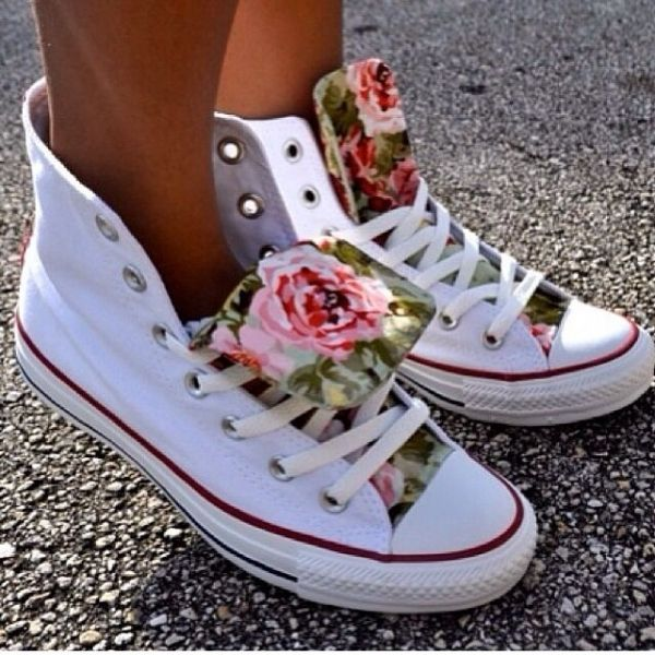 71962e95d1f9 WHITE HIGH TOP CONVERSE with FLORAL TONGUE