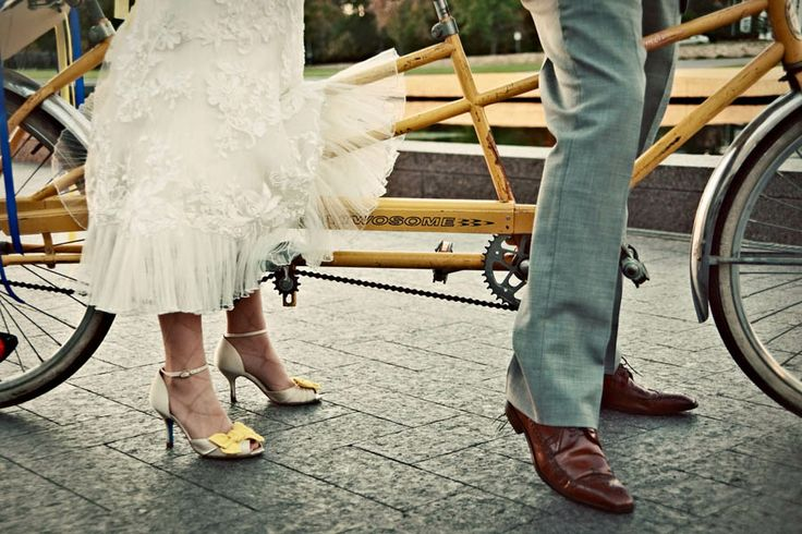 Vanessa & Brian's Bicycle Themed Wedding