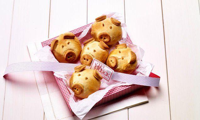 Frühstücks-Schweinchen                              -                                  Süßes Kleingebäck zum Brunch sind diese kleinen Hefe-Brötchen in Schweinchen-Form