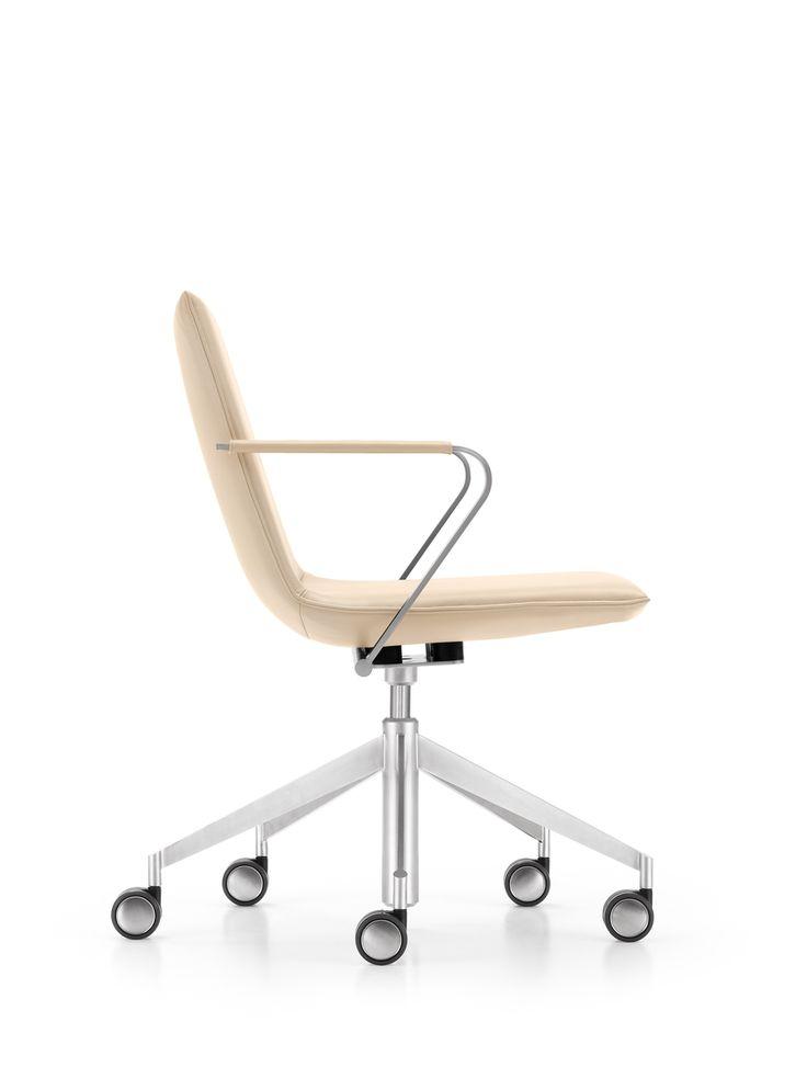 #girsberger #furniture #architecture #interiors #interiordesign #interieur # Möbel #meuble #design #architektur #Innenarchitektur #gestaltung #büro ...