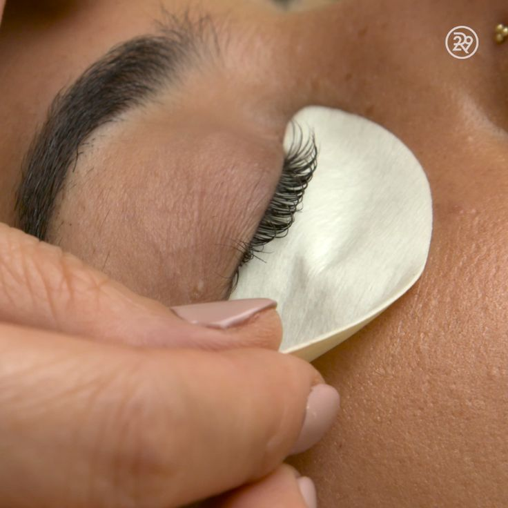 What to expect if you're getting a lash perm