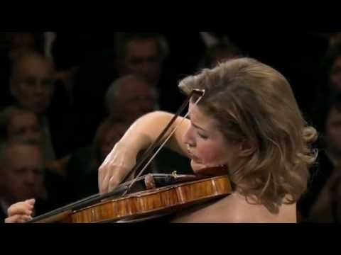 Bach - Sarabande in D minor - Anne-Sophie Mutter Encore after the Beethoven Violin Concerto in D J.S. Bach Partita for violin solo in D minor Sarabande