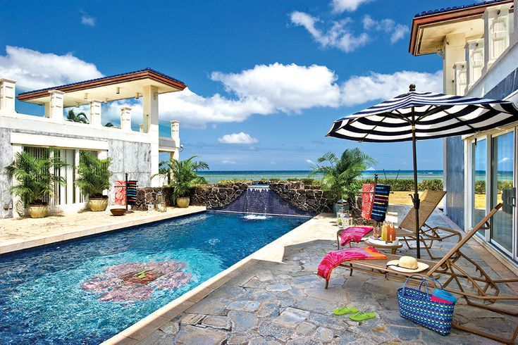 70 best hawaii home outdoor spaces images on pinterest for Pool design honolulu
