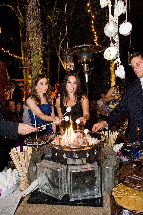 You can add a fire pit to your outdoor wedding at Skamania Lodge for you and your guests to roast some s'mores!