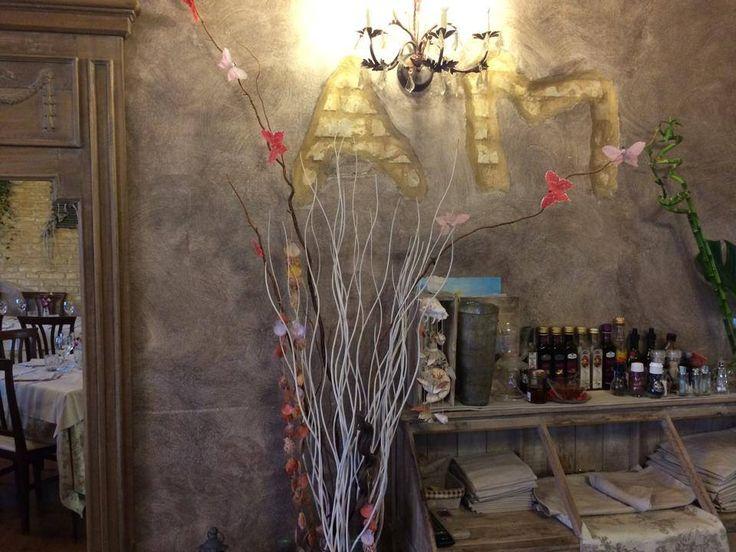 Una bella applicazione di Casa dei Sogni in un locale a Civitanova Marche. Sapori d'altri tempi con colori moderni. #interiors #design #decorazione