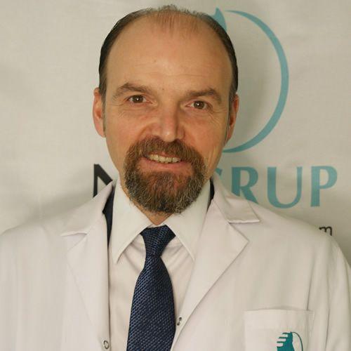 Yrd.Doc.Dr. Oğuz Tan Randevu almak için: 444 34 39 http://www.eniyihekim.com/istanbul/psikiyatri/60179/oguz-tan.htm