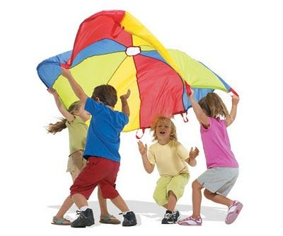Rhyme Time: Parachute Games. Stuff to do inside with a small chute or outside with the big one!#Nesy