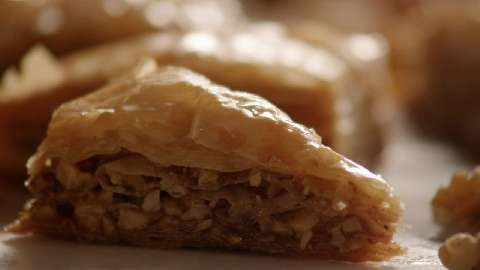 Baklava youtube video: Baklava Videos, Easy Recipe, Allrecipes Com Videos, Videos Allrecipes Com, Desserts Baklava, Videos Baklava, Baklava Allrecipes Com Com, Baklava Yumm, Baklava Recipe
