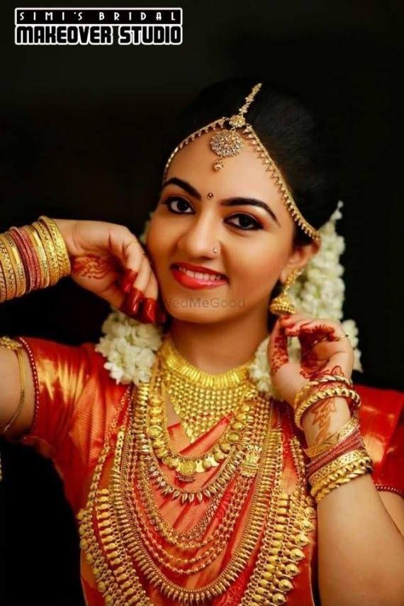 Portfolio of Simi's Bridal Makeover Studio   Bridal Makeup in Kerala - Wedmegood