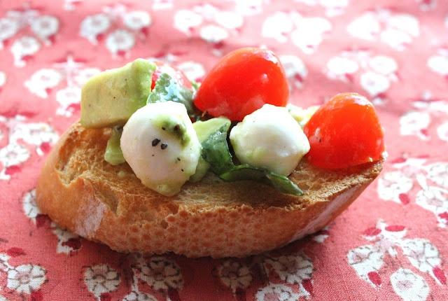 ValSoCal: Mozzarella, Tomato and Avocado Salad