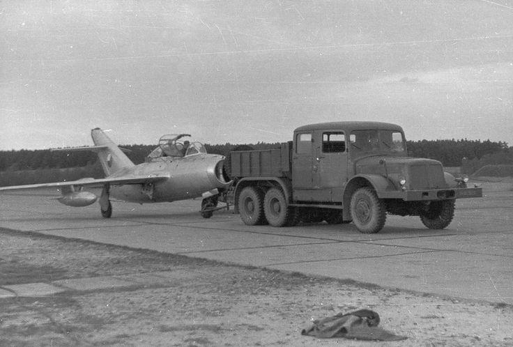 Tatra T141 - 14 825 cm³ /1957 - 1970/ 100t