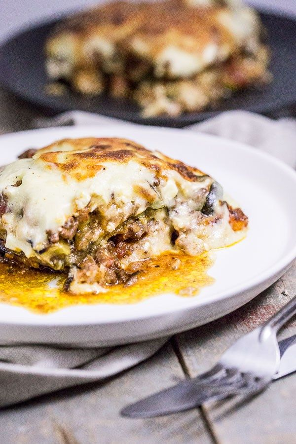 Easy Moussaka Greek Vegetable Bake - Roasting, frying, simmering and baking all the glorious flavours into this centuries old dish is a dinner delight like no other. Best part - it's SO easy. | wandercooks.com