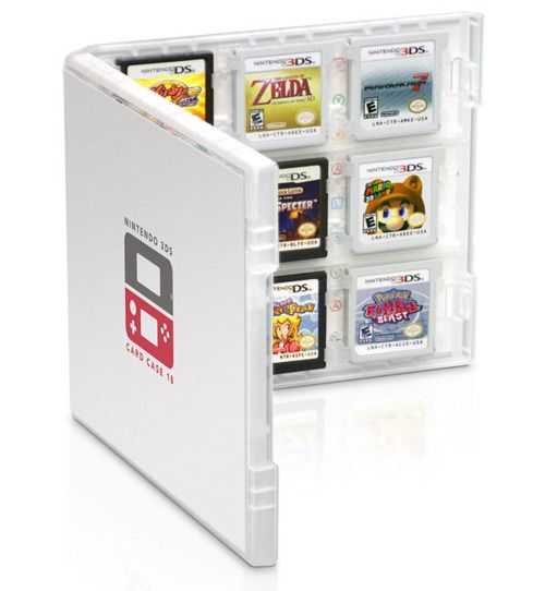 Club Nintendo 3DS Card Case.