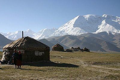 """Une """"vraie"""" dans son élément dans les steppes mongoles !"""