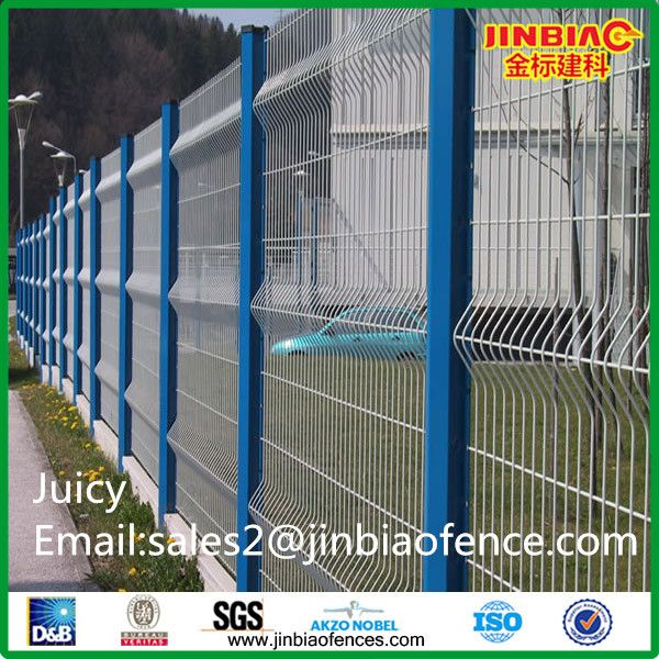 19 best Wire Mesh Fence images on Pinterest | Metal trellis, Wire ...