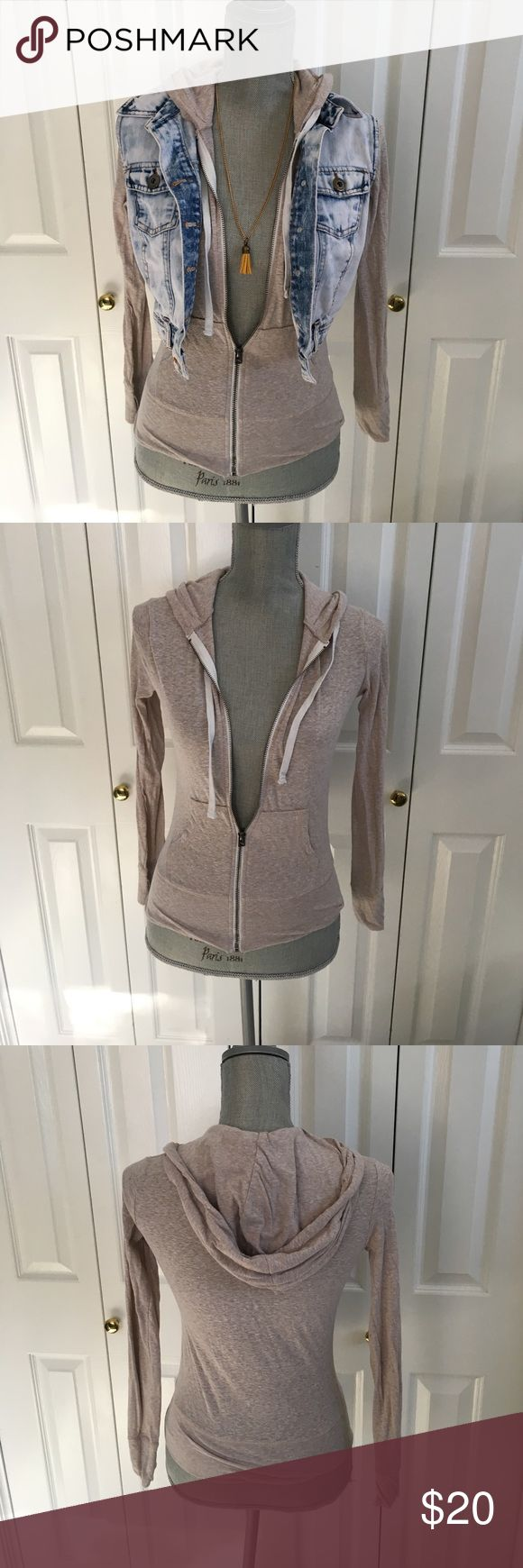 Cream zip up hoodie Adorable zip up hoodie! Neutral color makes it highly versatile. The fabric is breathable and comfortable. Barely worn. Perfect condition! Aeropostale Sweaters